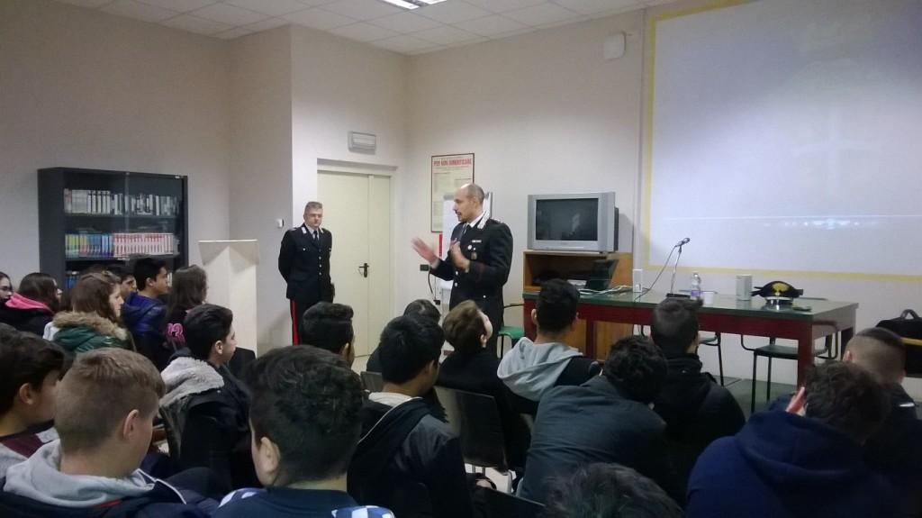 Lezione con i Carabinieri all'IIS Faravelli